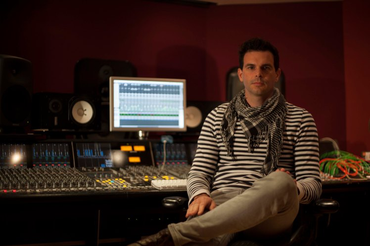 Clint Murphy - Music Engineer (50 Cent/ Mel C) mixing BeX debut EP at Modern World Studios.